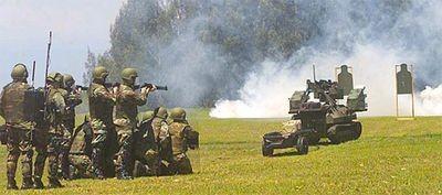 Первый терминатор гладиатор вооружён пулемётом калибра 7,62