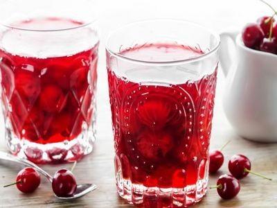 Рецепт самого вкусного компота из ягод на зиму