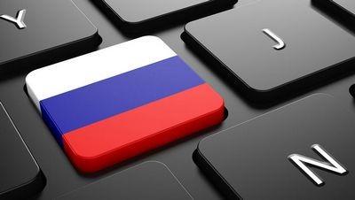 Семь российских политиков, которые сами ведут страницы в соцсетях